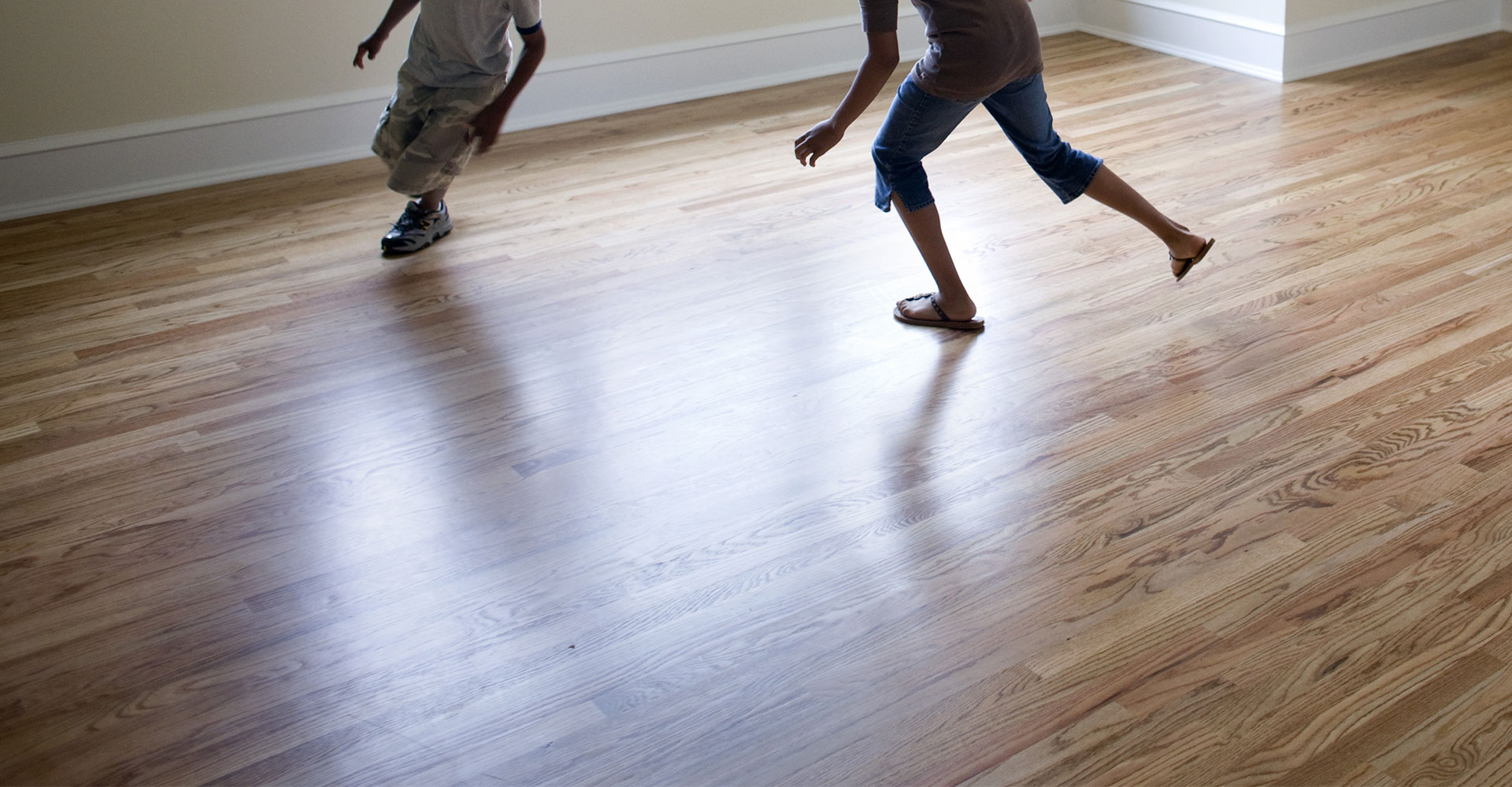 An Ultimate Checklist For Buying Laminates Wood Flooring