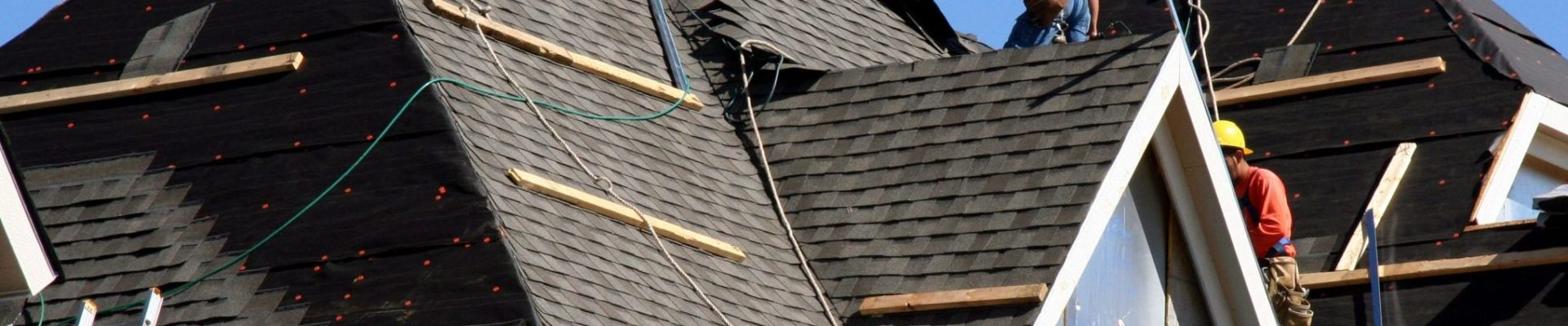 Benefits of Hiring a Residential Roofing Contractor