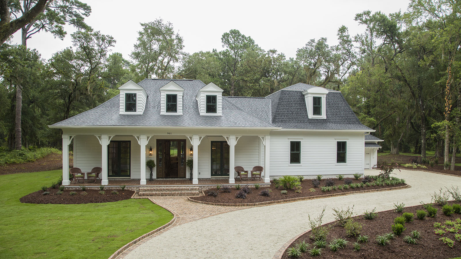 Craftsman House Plans - American Tradition