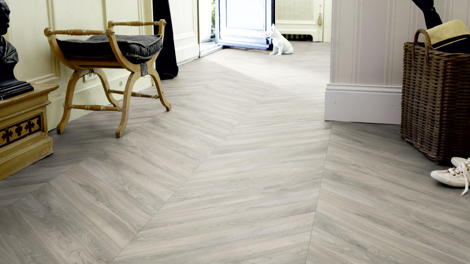 Adorning Ideas For Hardwood Flooring