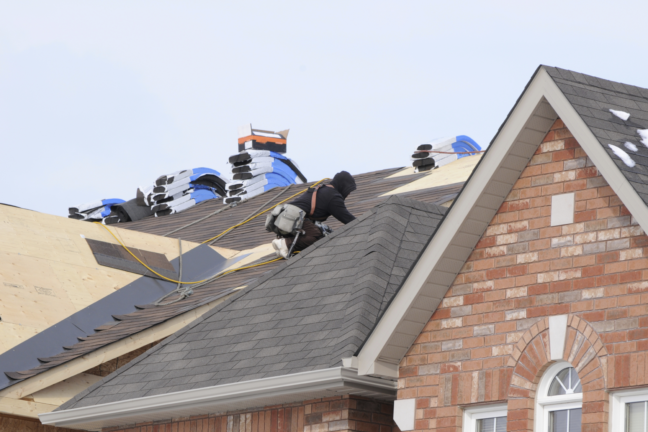 Five Practical And Easy to Implement Tips For DIY Home Roof Repairs