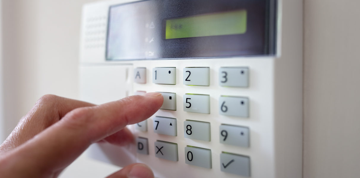 Simple Ways to Make Your Home Safe from Burglars