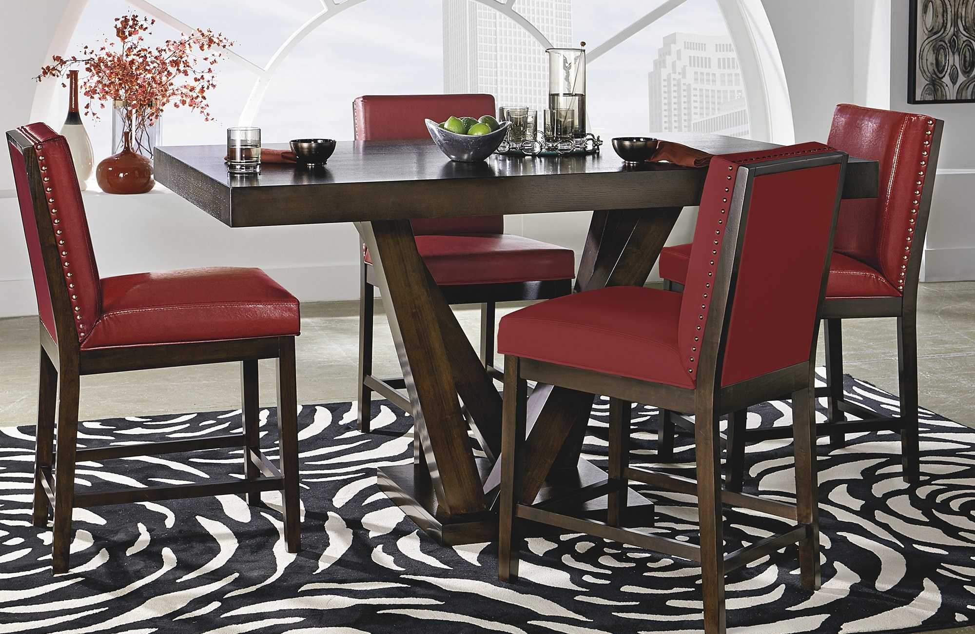 Tips to Decorate Dining Chairs on Christmas
